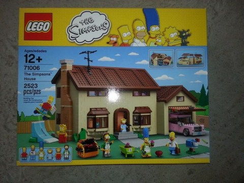 First look at 2523-piece Simpsons Lego set