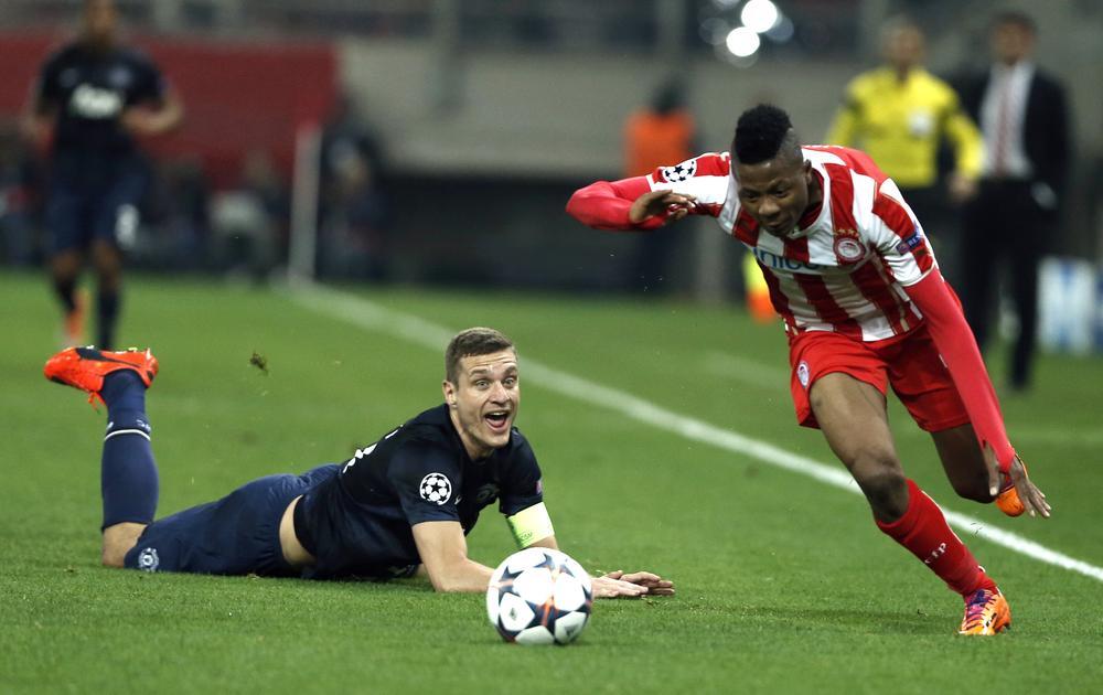 Is Nemanja Vidic refusing to change with Manchester United team-mates?