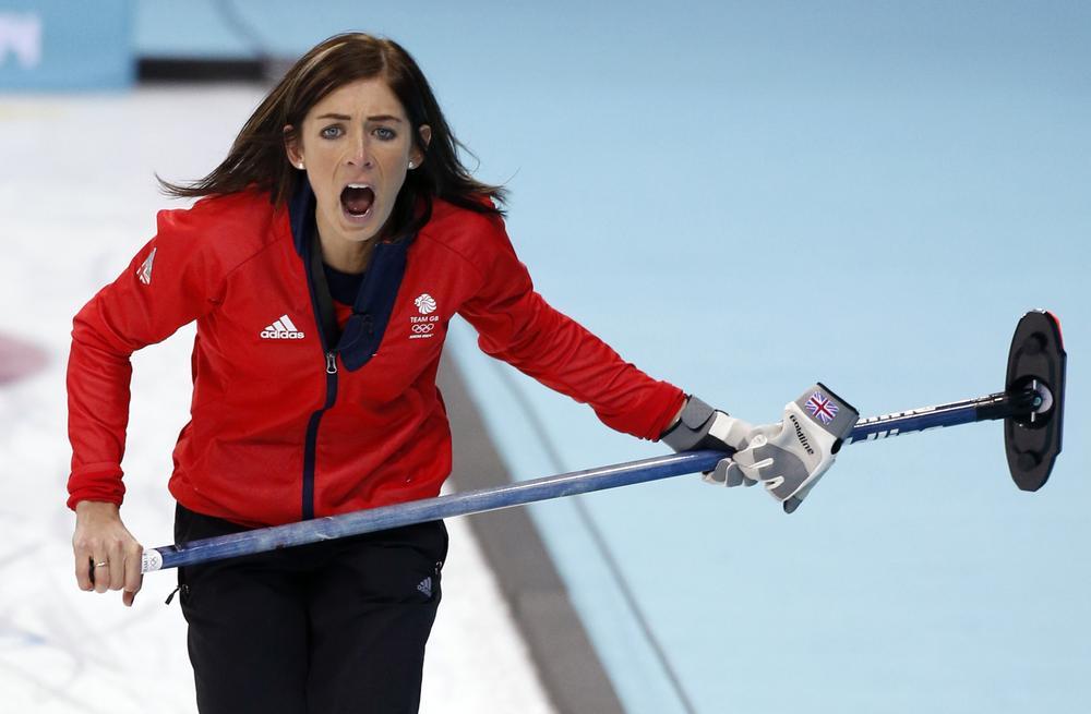 Sochi 2014 Winter Olympics: Eve Muirhead and Team GB lose curling semi-final to Canada
