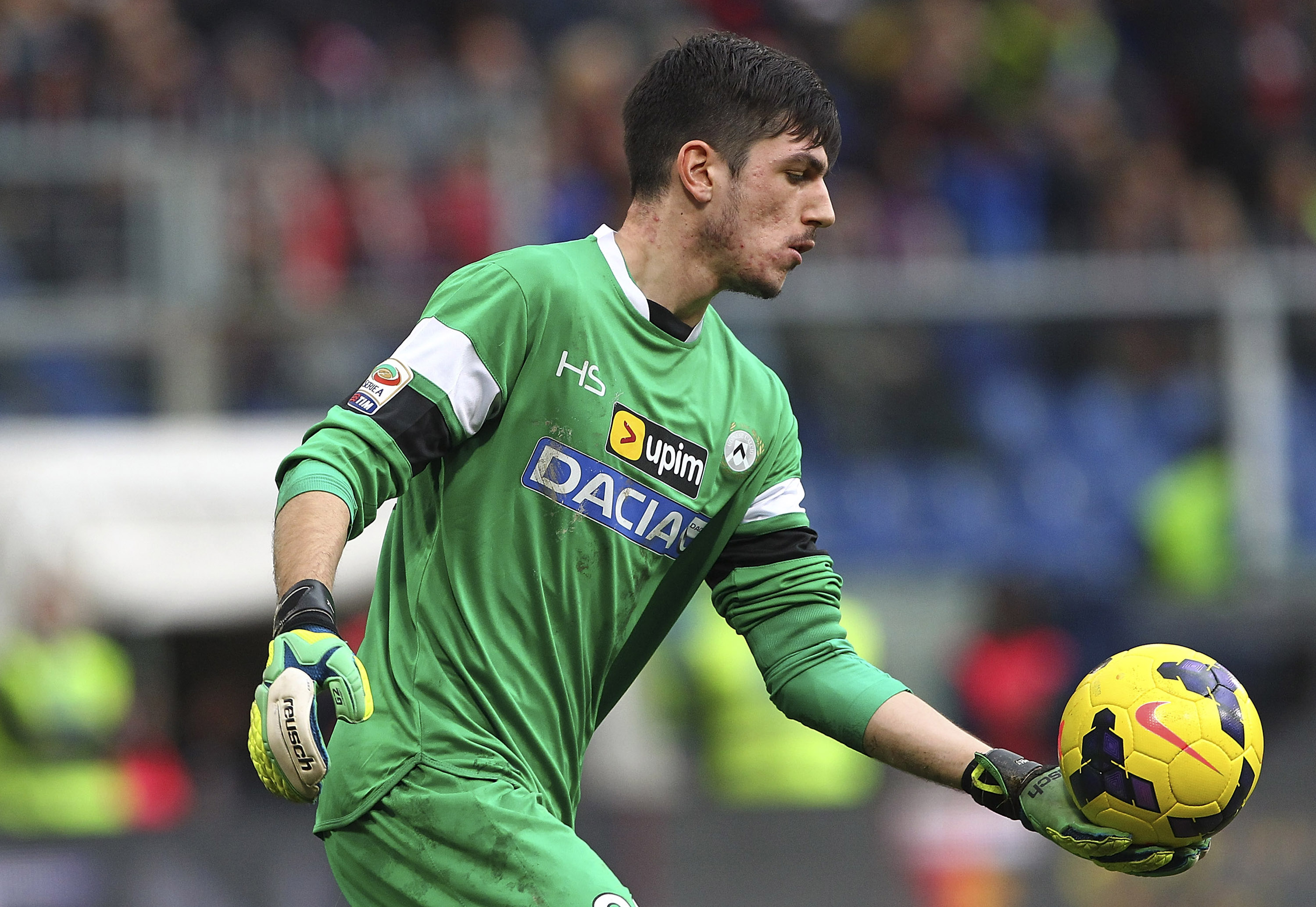 Arsenal eye summer transfer for exciting Udinese goalkeeper Simone Scuffet