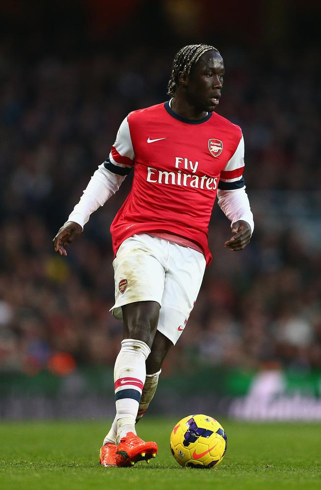 Bacary Sagna to be offered lucrative new deal by Arsenal amid Man City interest