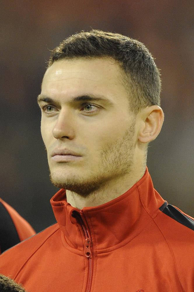 Would Arsene Wenger be wrong to let Thomas Vermaelen leave Arsenal?