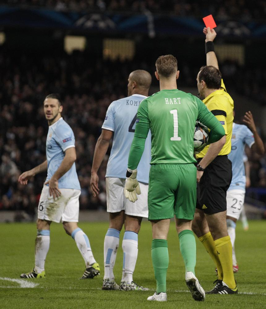 Manchester City scramble to delete Martin Demichelis praise on Twitter after sending off