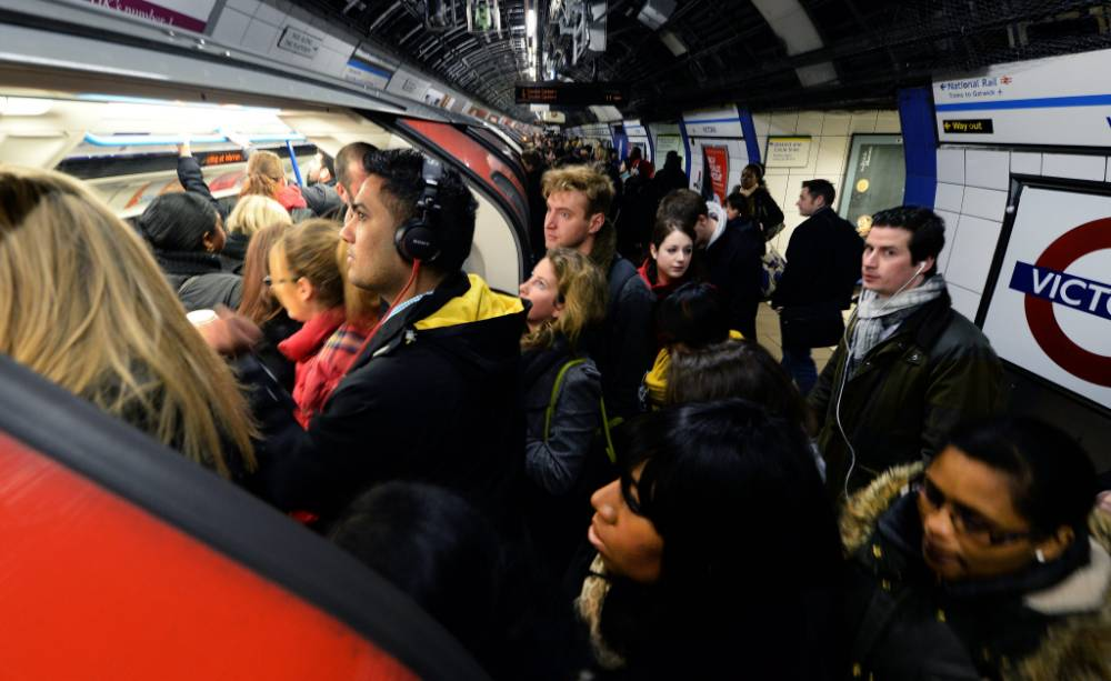 Tube strike: Talks resume to avert second London Underground walkout