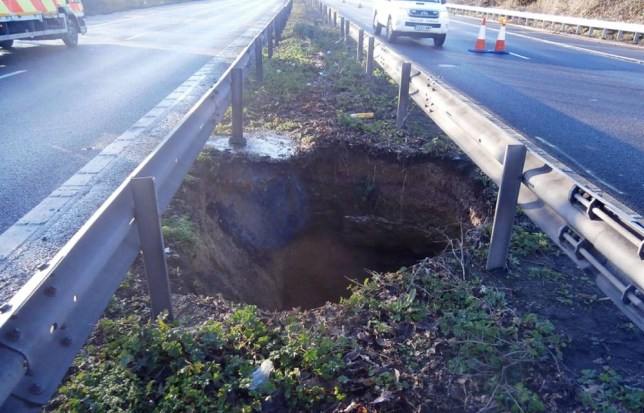 Huge sinkhole opens up on M2 in Kent, causing traffic chaos
