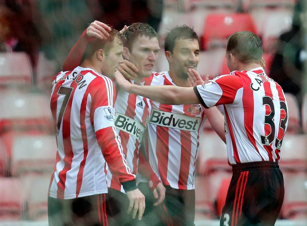 Craig Gardner's sweet strike gives Sunderland lead over Southampton in front of just 16,000 fans