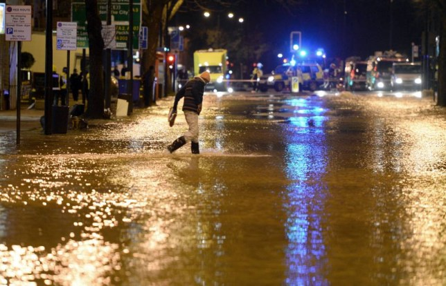 Clapham Road flooding: London homes evacuated after water pipe bursts