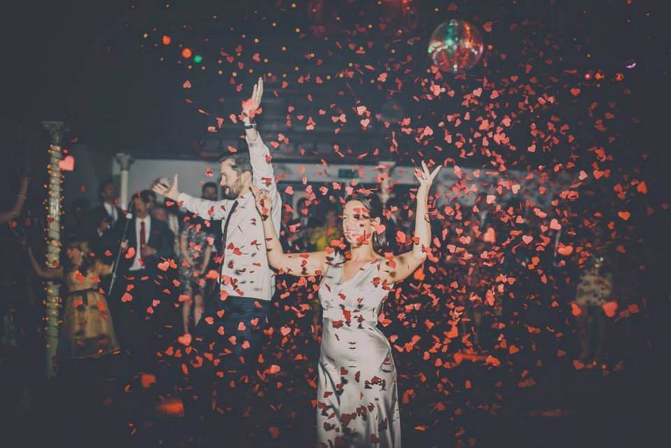 5 unique wedding ideas that break with tradition, from the first look to the reception
