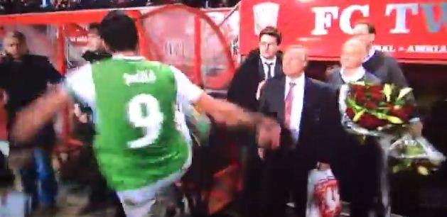 Graziano Pelle goes on vandalising kicking spree after Feyenoord's draw at FC Twente – video