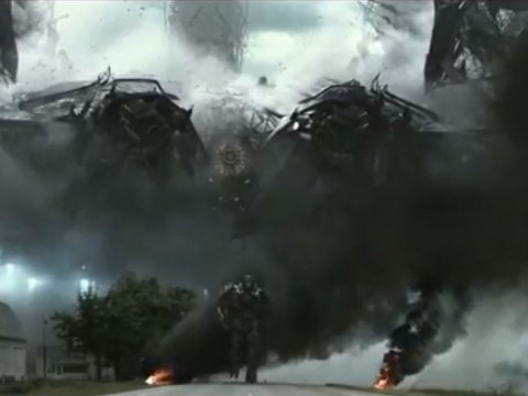 Transformers: Age of Extinction is a hit with movie fans as first official clip premieres during Super Bowl 2014
