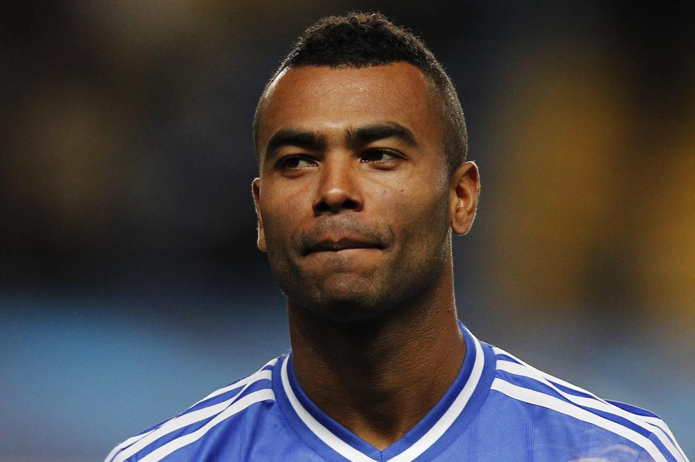 FILE - Chelsea's Ashley Cole at Stamford Bridge stadium in London, in this Wednesday, Sept. 18, 2013 file photo. Chelsea manager Jose Mourinho wants Ashley Cole to stay at the club, but believes the defender could be persuaded to move to the United States. (AP Photo/Sang Tan, File) AP Photo/Sang Tan, File