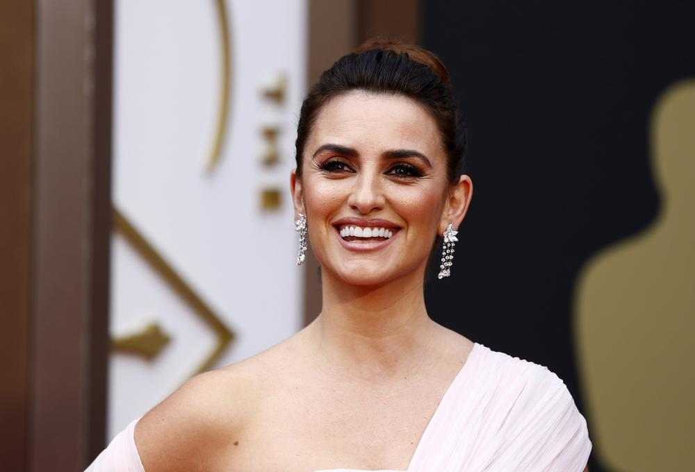 Oscars 2014 beauty: How to get Penelope Cruz's red carpet beauty look