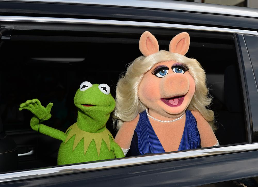 Kermit the Frog and Miss Piggy announce shock split: 'We will be seeing other people, pigs, frogs, et al'