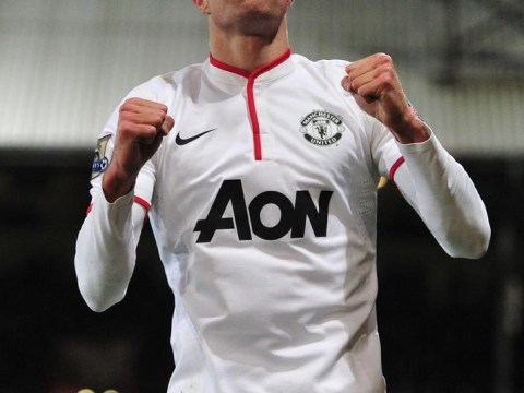 Why Manchester United should make Robin van Persie their new club captain