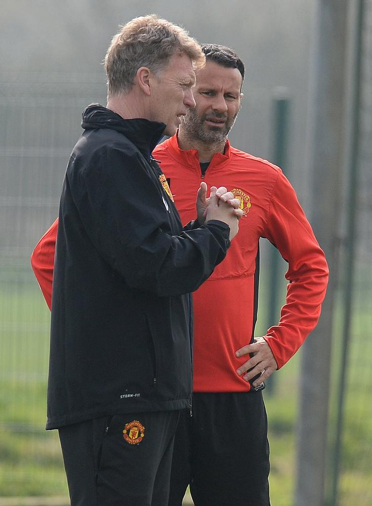 Ryan Giggs denies rift with David Moyes but Manchester United block questions over his managerial ambitions