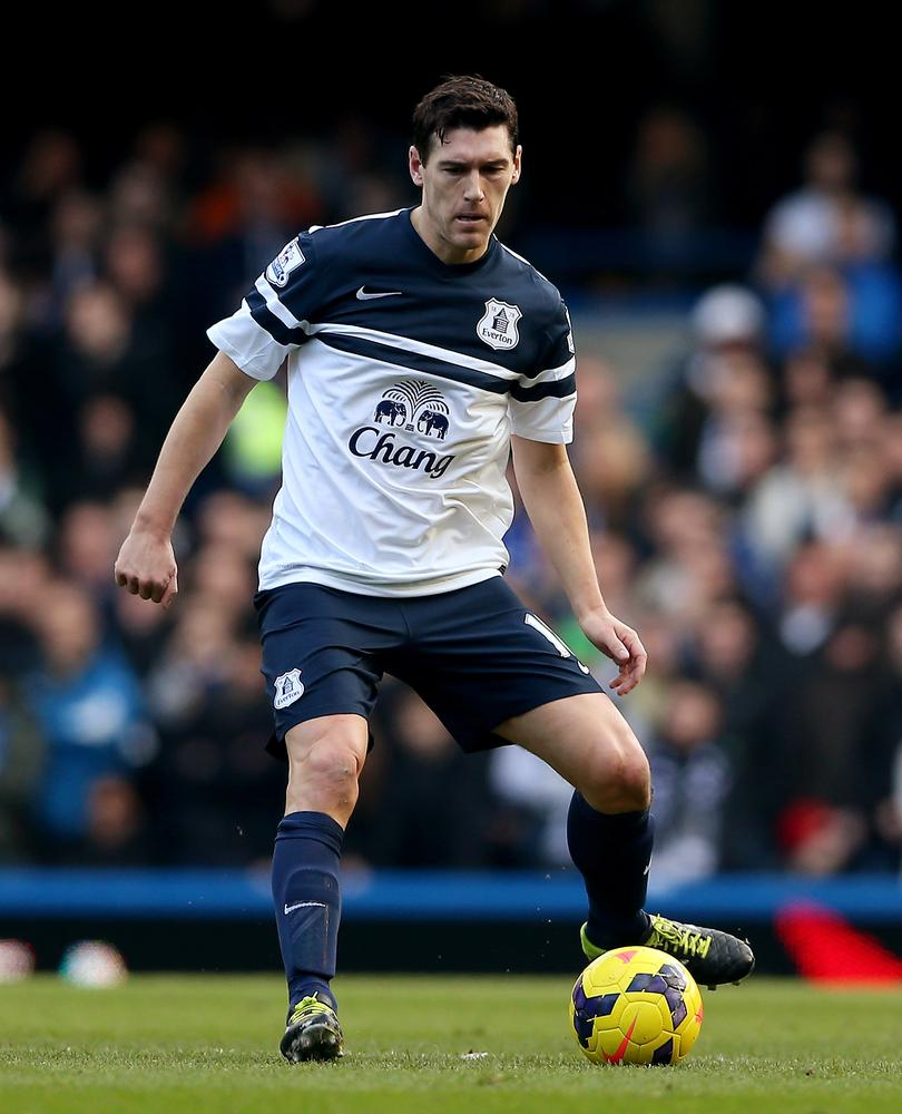 Gareth Barry isn't wanted by England but Everton will offer him a three-year deal worth £8million