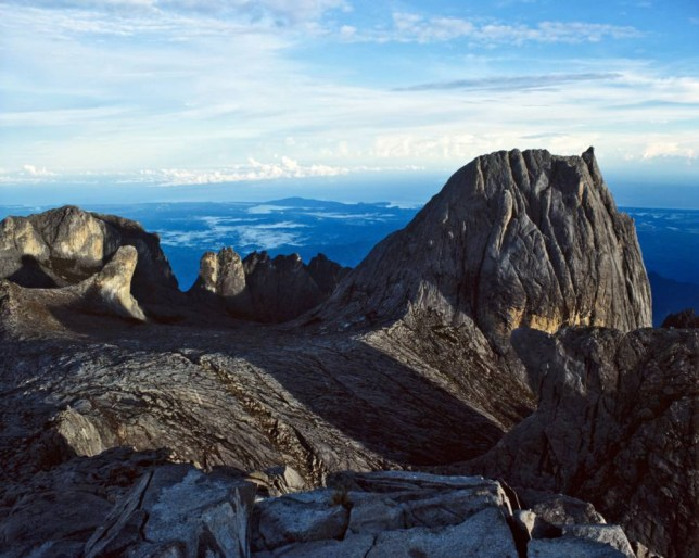 B0HB7M View from the peak of Mount Kinabalu, 4095 metres, Eastern Malaysia, Sabah, Borneo, Malaysia