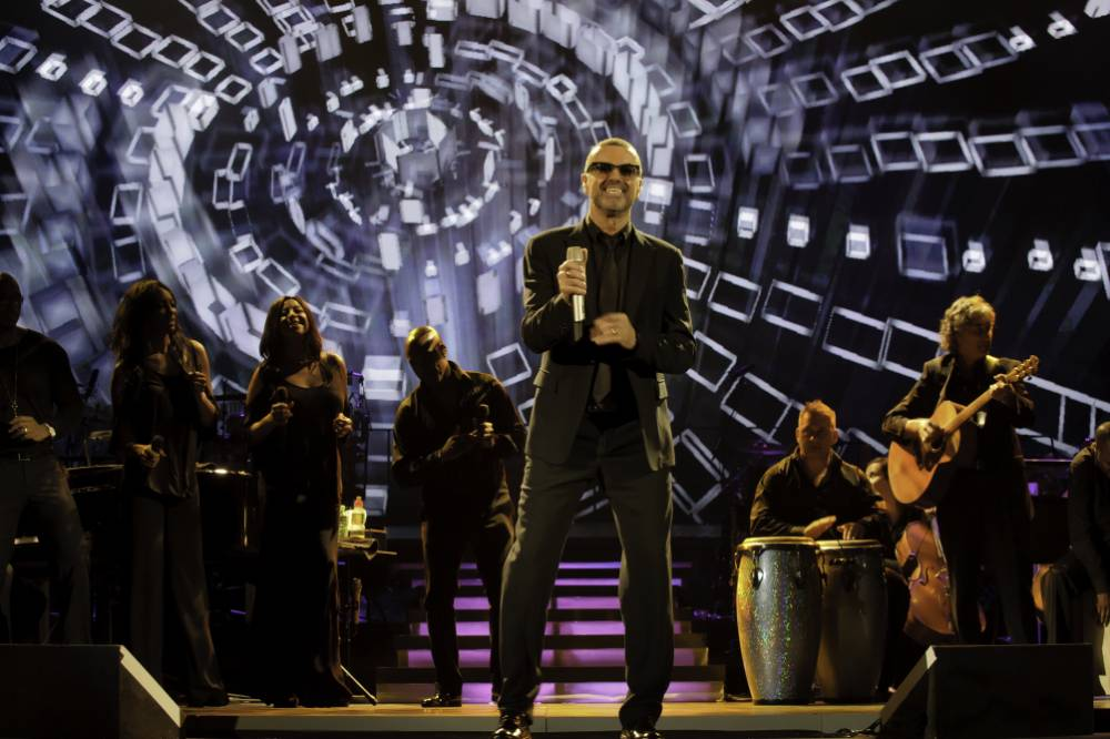 George Michael – Symphonica: Live recording makes do until new album proper lands this year