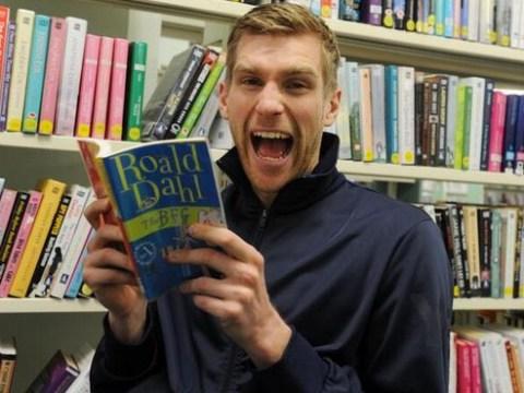 Arsenal's BFG Per Mertesacker reads Roald Dahl's Big Friendly Giant for World Book Day