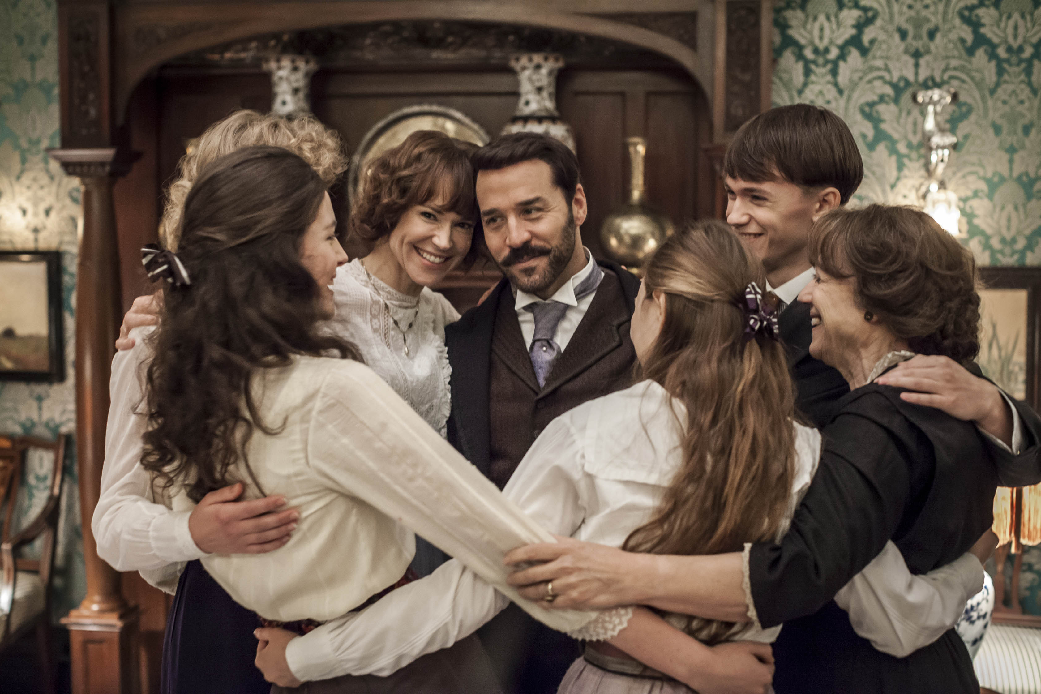 Mr Selfridge Series 2 episode 9: Lady Mae breaks free, old faces return and what's the matter with Rose?