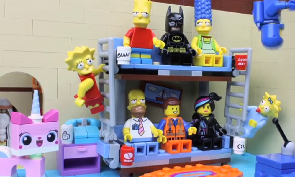 The Simpsons meet Lego in this frankly awesome version of the couch gag