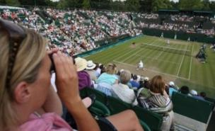 Met Office predicts a 'wet and windy' Wimbledon 2011