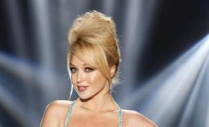 Dancing On Ice training has given Jorgie Porter the start of a six pack (ITV)