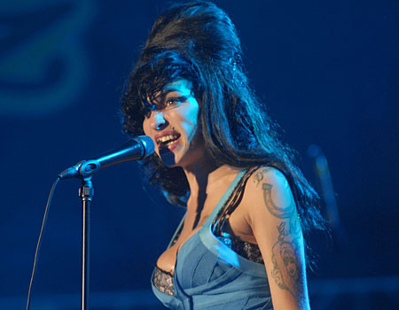 Amy Winehouse is lonely in St Lucia, says her mother