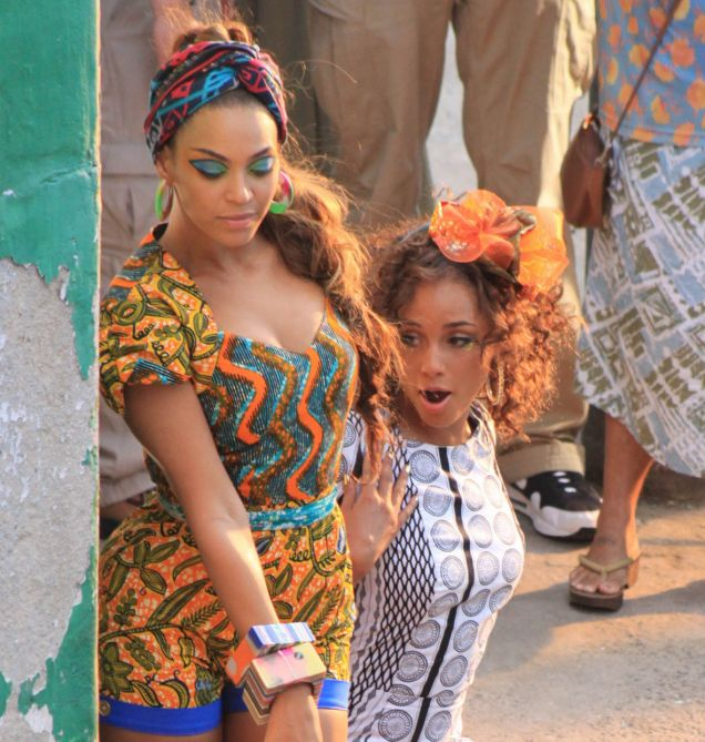 Alicia Keys teams up with Beyonce for the video Put It In a Love Song