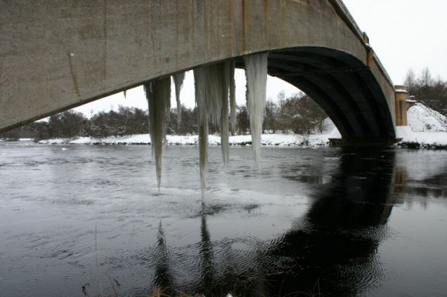 27-foot icicle in Scotland