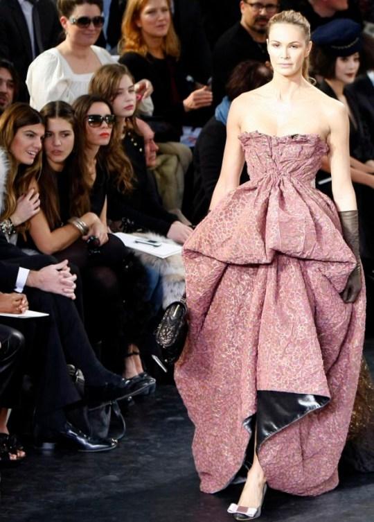 Elle Macpherson models for the Louis Vuitton show