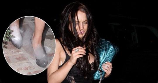 Lindsay Lohan Says White Substance In Stilettos Was Baby Powder Metro News
