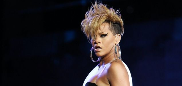Rihanna pulls out of La Roux collaboration?