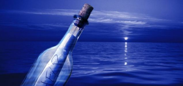 Belgian Oliver Vandevalle has received a reply to his message in a bottle via Facebook over 30 years on