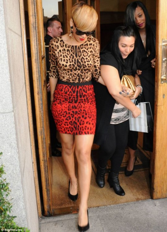 Rihanna leaves her hotel in Dublin