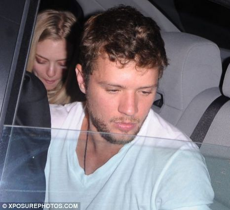 Ryan Phillippe and Amanda Seyfried split again