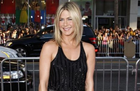 Jennifer Aniston arrives for the LA premiere of 'Horrible Bosses'