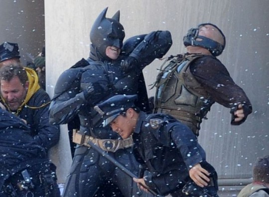 Batman, Bane, The Dark Knight Rises, Christian Bale, Tom Hardy, Christoper Nolan