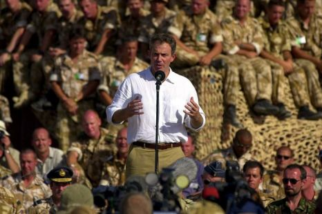 Tony Blair addresses British troops in north Oman