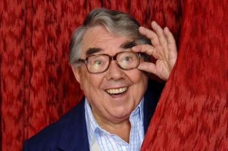 Ronnie Corbett is set to receive a CBE from the Queen. (Picture: ITV)