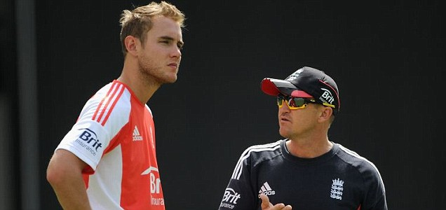 England captain Stuart Broad speaks with coach Andy Flower