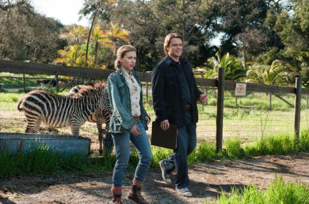 Matt Damon woos Scarlett Johansson in We Bought A Zoo