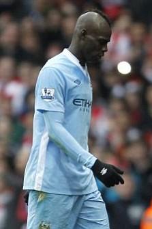 Manchester City's Italian player Mario Balotelli