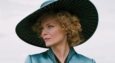 Michelle Pfeiffer stars as a heartless courtesan in Chéri
