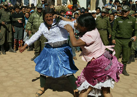 Bolivian women fight