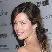 Jessica Biel likes to choose doubles with smaller behinds