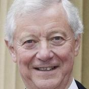 Sir Peter Viggers feels 'ashamed and humiliated' over 'duck house' expenses claims