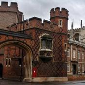 Some 32 suspected cases of swine flu have been identified at Eton College in Berkshire