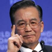 A protester who threw a shoe at China PM Wen Jiabao has been cleared of any offence