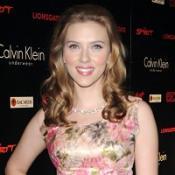 Scarlett Johansson and Ryan Reynolds may adopt a child